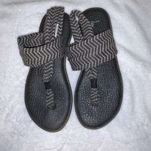Women's Sanuk Sling Sandals size 8
